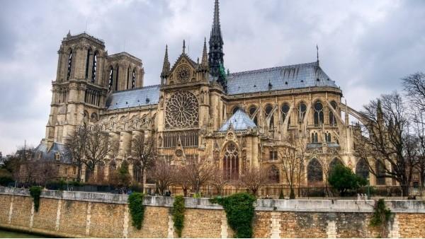 从巴黎圣母院失火谈起