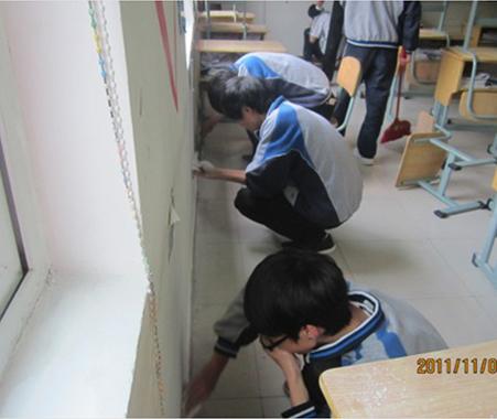 使用普通乳胶漆的学校教室